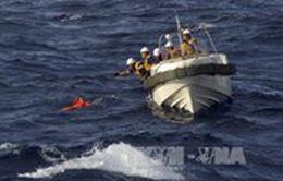 Trung Quốc: Hai tàu hàng va chạm, 12 thủy thủ mất tích