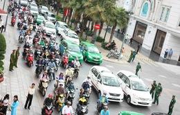 Số lượng xe taxi tại Hà Nội và TP.HCM đã vượt dự kiến