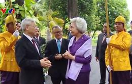 Tổng Bí thư thăm Hoàng Thái hậu Campuchia