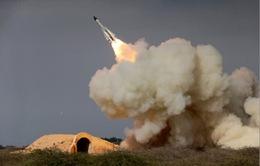 Iran tiến hành tập trận tên lửa quy mô lớn