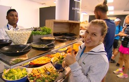 Cùng Dominika Cibulkova khám phá căng tin tại Australia mở rộng 2017