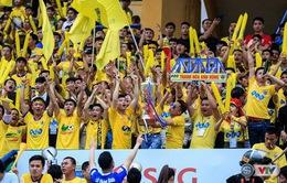 Cầu thủ và CĐV FLC Thanh Hoá hài lòng với ngôi á quân V. League 2017