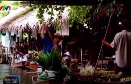 Cải tạo những con thuyền trên chợ nổi Thái Lan