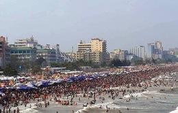 Tổ chức trò chơi trên bãi biển Sầm Sơn đóng phí tiền triệu