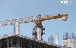 Đà Nẵng tháo hạ cần trục tháp xây dựng trước APEC 2017