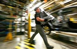 Anh: Tỷ lệ thất nghiệp thấp kỷ lục, đời sống người lao động vẫn khó khăn