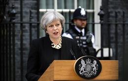 Thủ tướng Theresa May: Anh đang phải đối mặt với xu hướng khủng bố mới