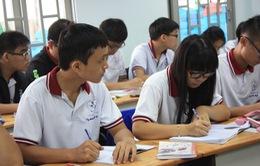 Học sinh lớp 12 ở Hà Nội thi thử THPT Quốc gia 2017