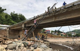 Đường bộ thiệt hại 100 tỷ đồng do mưa lũ
