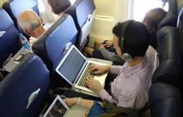 Mỹ và EU bác bỏ lệnh cấm các thiết bị điện tử trên chuyến bay
