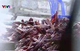 Hãi hùng lợn chết được hô biến thành đặc sản thịt hun khói