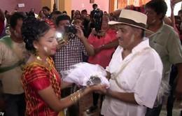 Mexico: Thị trưởng thành phố kết hôn với cá sấu