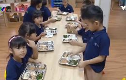 Tạo thói quen ăn uống lành mạnh cho trẻ