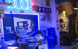 Thu tiền bản quyền âm nhạc tại quán cà phê: Còn nhiều băn khoăn!