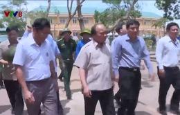 Thủ tướng chỉ đạo khắc phục hậu quả bão số 10 tại Nghệ An