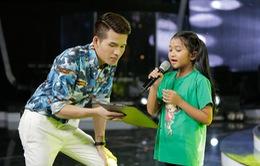 Quốc Thiên nhiệt tình hướng dẫn thí sinh Vietnam Idol Kids