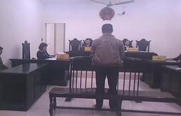 Xét xử vụ bán thuốc ung thư giả: Phạt Nguyễn Công Doanh 42 tháng tù giam