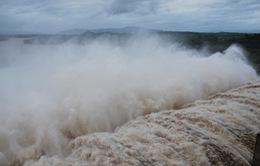 Các thủy điện trên sông Ba điều tiết xả lũ