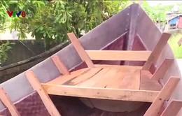 2 cơ sở đầu tiên ở Quảng Trị đổi nghề đóng thuyền nan sang thuyền composite