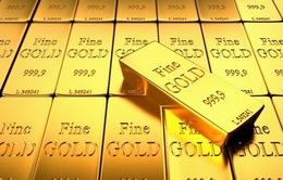 Đồng USD mạnh lên và bất ổn tác động tới giá vàng