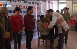 Bộ trưởng Bộ Công an thăm và tặng quà người dân tại tỉnh Đắk Nông