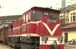 Đường sắt đấu giá thanh lý hàng trăm toa xe cũ