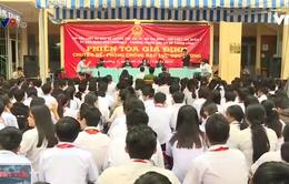 Học sinh TP.HCM tìm hiểu về nạn bạo lực học đường qua phiên tòa giả định
