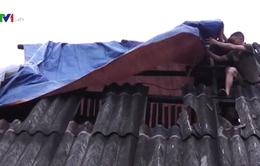 Hà Giang: Hoàn lưu bão số 6 gây sạt lở đất, hàng chục nhà tốc mái