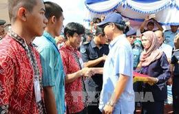 Philippines trao trả 5 ngư dân Việt Nam