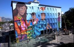 Tranh tường của nữ họa sĩ 19 tuổi sắp ghi danh kỷ lục Guinness