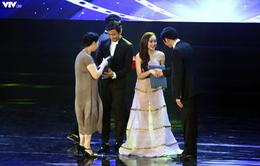Nhận giải Nam diễn viên chính xuất sắc, Quý Bình liên tục cảm ơn Minh Hằng