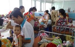 Nhiều trẻ mắc ho gà biến chứng viêm phổi dịp Tết