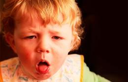 """Khi trẻ ho có nên ăn tôm, thịt gà và những lưu ý """"vàng"""" với cha mẹ"""