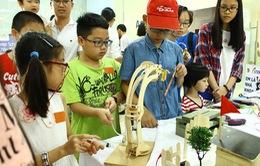 TP.HCM: Hàng trăm em nhỏ tham gia ngày hội khoa học công nghệ