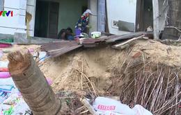 """Triều cường """"nuốt"""" nhiều nhà dân ở vùng ven biển Phú Yên"""