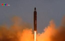 Triều Tiên dường như phóng tên lửa đạn đạo