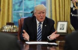 Tổng thống Mỹ Donald Trump mất hàng trăm triệu USD kể từ khi nhậm chức