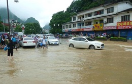 Trung Quốc: Mưa lớn gây thiệt hại về cơ sở hạ tầng
