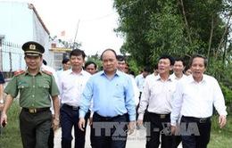 Thủ tướng thăm xã bị ảnh hưởng bởi sự cố môi trường biển