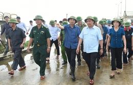 Thủ tướng hủy họp, đi thị sát, chỉ đạo phòng chống lụt bão tại Ninh Bình