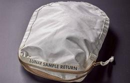 4 triệu USD cho chiếc túi chứa đất... Mặt Trăng