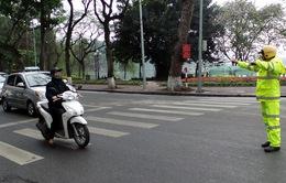 Hà Nội: Tước phù hiệu trên 2.200 xe vi phạm trong 1 tháng