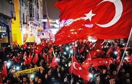 Thổ Nhĩ Kỳ ngừng quan hệ ngoại giao với Hà Lan