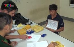 Bắt đối tượng quốc tịch Lào vận chuyển 24.000 viên ma túy tổng hợp