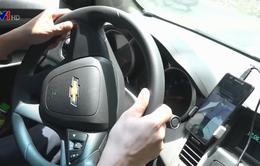 Uber và Grab tăng giá cước