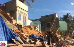 Bình Thuận: Tái diễn tình trạng sập nhà dân do biển lở