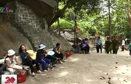 Tây Ninh ngăn chặn nạn cướp giật, móc túi trên núi Bà Đen