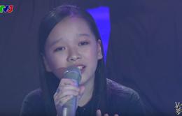 """Giọng hát Việt nhí: Học trò của Soobin hóa thiếu nữ, nghẹn ngào hát """"Chị tôi"""""""