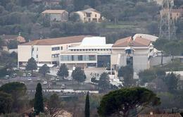 Pháp: Hiệu trưởng dũng cảm ngăn kẻ xả súng tại trường học