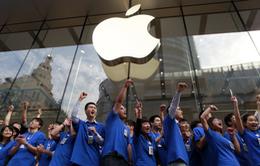 """Thanh thiếu niên Mỹ """"chết mê, chết mệt"""" vì iPhone"""